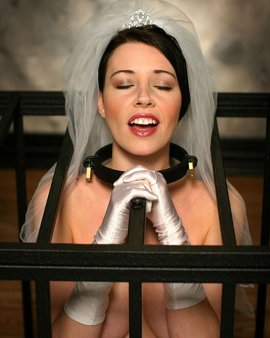 Anastasia Pierce Gagged